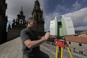 Duncan Lees with the Leica ScanStation C10 at Santiago de Compostela in Spain.